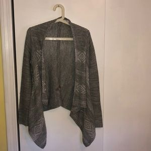 Light gray patterned sweater cardigan